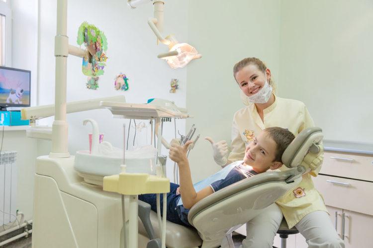детский врач работающий по выходным детская стоматология
