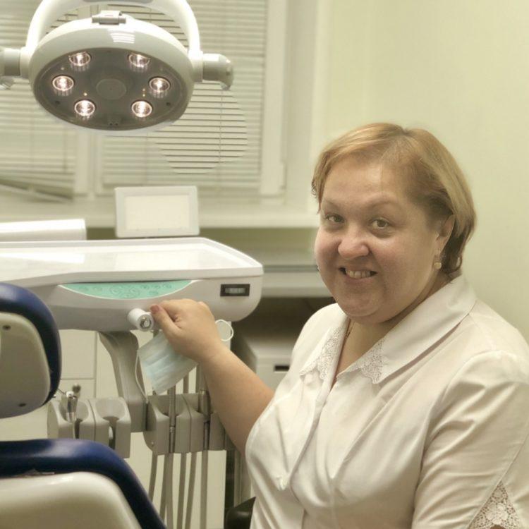 врач стоматолог Ярославль Мединвест Новожилова Ольга Юрьевна