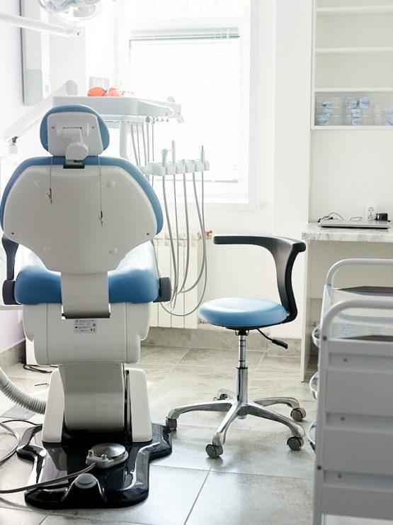 Стоматология Мединвест Ярославль - лечение зубов лучшими врачами